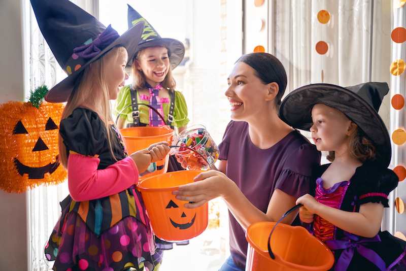 Tricks to Avoid Back and Neck Pain this Halloween